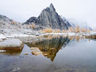 USA, Washington State. Alpine Lakes Wilderness, Enchantment Lakes, Gnome Tarn and Prusik Peak