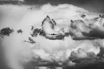 Samolot chmura burza