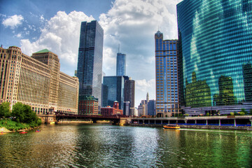 View of The Chicago River and skyscrapers in downtown Chicago, Illinois, USA