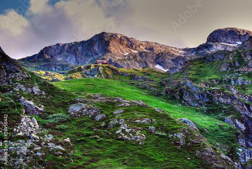 rifugio benevolo parco del gran paradiso, val d'aosta,italia
