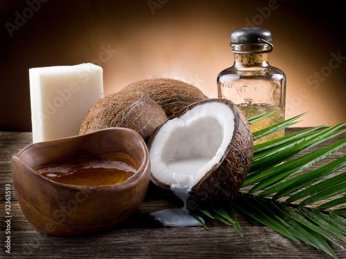 naturalny olej kokosowy i mydło