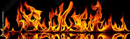 Ogień i płomienie.