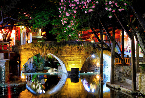 The night old town in lijiang