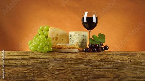 Ser z winem.