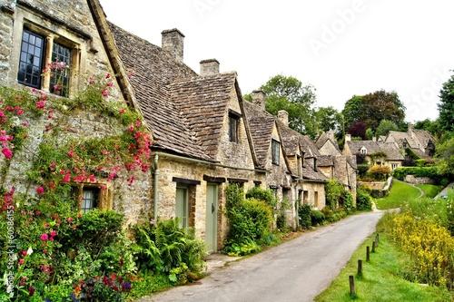 Domy Arlington Wiosłują w wiosce Bibury, Anglia