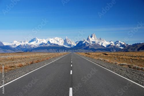 Road to Cerro Torre & Fitz Roy in Patagonia