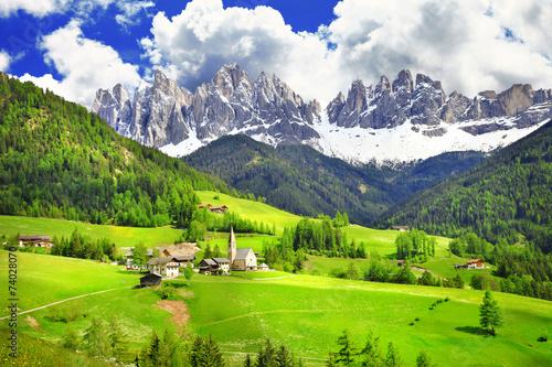 Dolomity - kraina czarów w Alpach