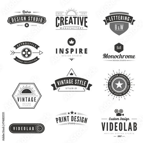 Vintage Retro Logos Labels vector. Typography Logo