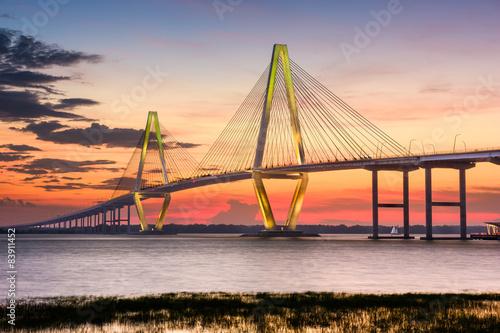 Charleston, Karolina Południowa, USA, w Arthur Ravenel Jr. Bridge.