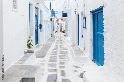Widok ulicy Mykonos, Grecja