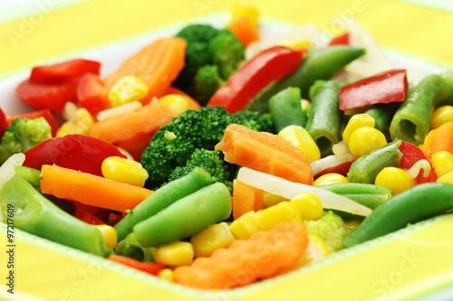 świeże warzywa gotowane na parze zachowują cały smak