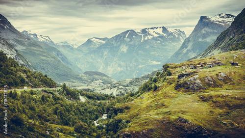 krajobraz gór w Norwegii.