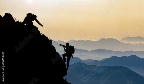 pasmo górskie i wspinaczka szczytowa w górach