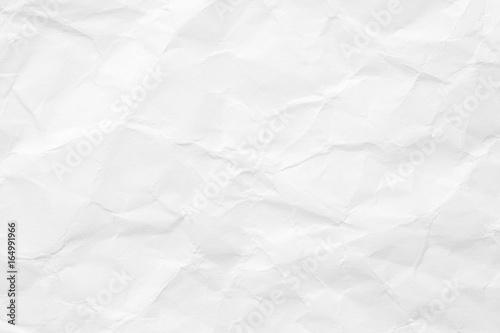 Tekstura białego papieru jest zmięta. Tło do różnych celów.