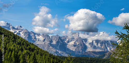 Mountain range of the Gran Paradiso Group, Val D'Aosta, Italy.