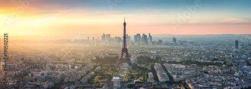 Panorama panoramę Paryża o zachodzie słońca z wieży Eiffla