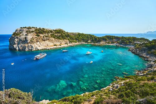 Zatoka Anthonyego Quinna. Najpiękniejsza plaża na wyspie Rodos.