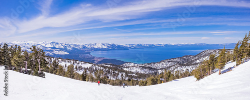 Lake Tahoe from Heavenly Resort - skiing - Activity all over - panoramic