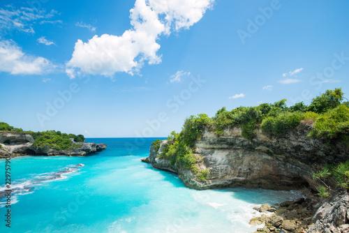Zalew Blue Bay w pobliżu Bali w Indonezji, Nusa Penida