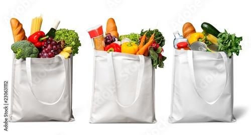 Torba na zakupy z sklepami spożywczymi odizolowywającymi na bielu