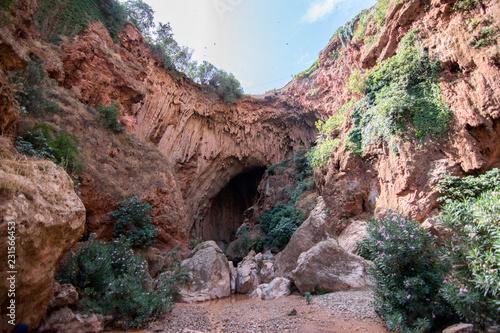 passaggio roccioso tra le montagne dell'Atlante in Marocco