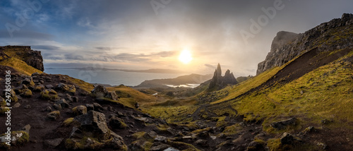 The Landscape Around the Old Man of Storr and the Storr Cliffs, Isle of Skye, Scotland, Wielka Brytania