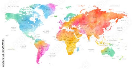 Wysoko szczegółowe ilustracja mapa świata akwarela kolorowy z granic, oceanów i krajów na białym tle, widok z boku