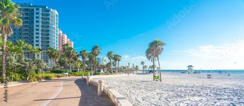 Clearwater plaża z pięknym białym piaskiem na Florydzie w USA