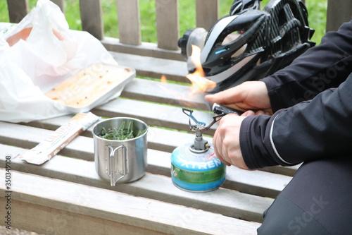 Kartusz z gazem, gotowanie na świeżym powietrzu