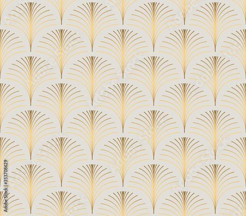 Vintage style elegant floral art deco repeat fan pattern/stylized palm leaf in golden metallic gradient on light background. Seamless art deco fan pattern.