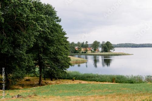 Widok na kemping na Wyspie Sołtysiej, Jezioro Lubie, Pojezierze Drawskie