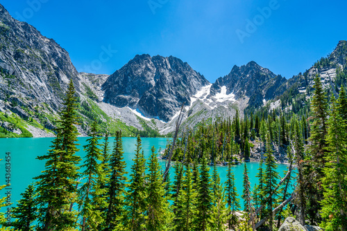 Picture Perfect Colchuck Lake in Enchantments