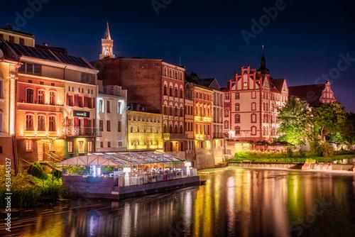 Opolska Wenecja i Stare Miasto w Opolu nocą