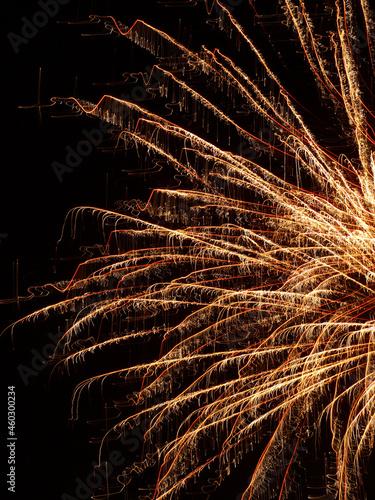 Fajerwerki karnawał bal sztuczne ognie sylwester zabawa kolory
