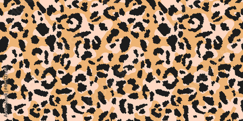 Leopard print, seamless pattern. Skin of cheetah, leopard. Fashionable fabric, elegant animal background. Animal spots. Vector texture