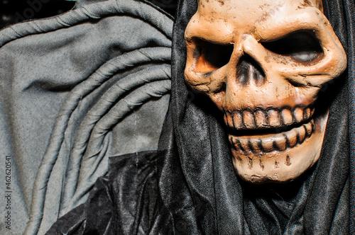 Figura Halloweenowa. Śmierć w czarnej szacie.
